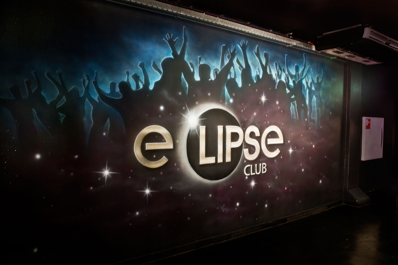 Muurschildering logo Club Eclipse Rotterdam