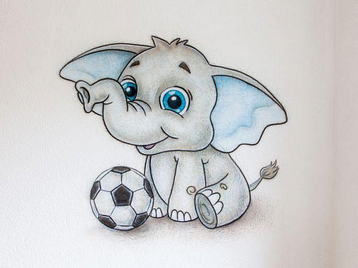Olifantje met voetbal