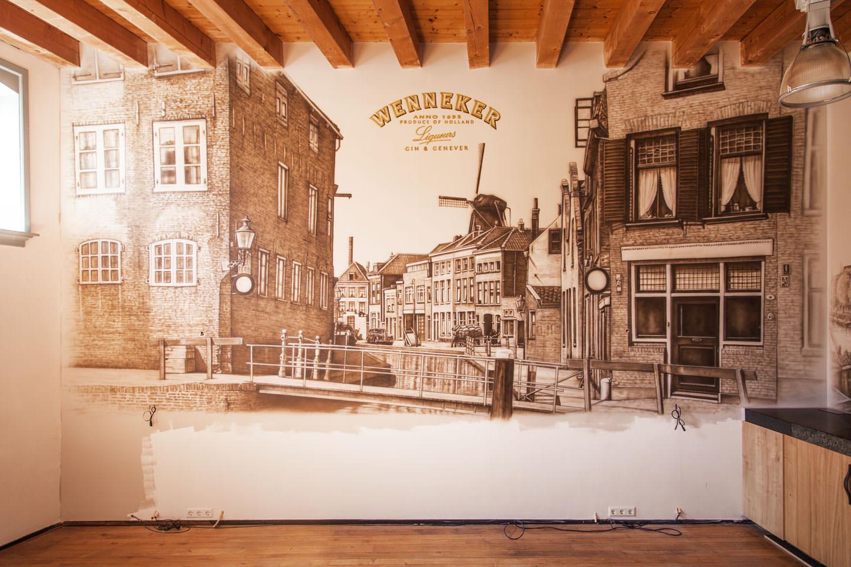 Oud pand in Schiedam van Wenneker met logo